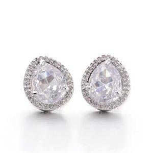Henri Bendel crystal stud silver earrings